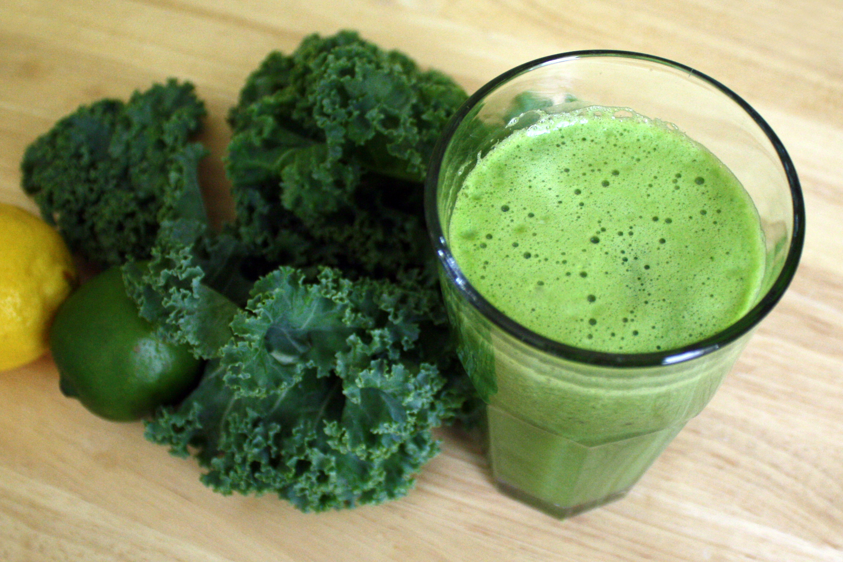 Hydrating And Alkalizing Green Juice